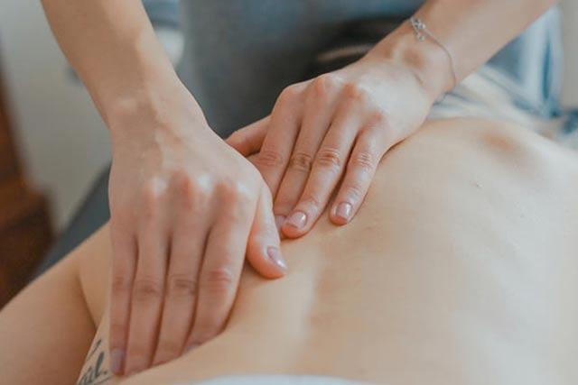 massage-640x427